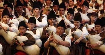 Родопски Гайди и песни в село Гела